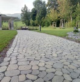 Friedhofsanlage für Urnen mit Parkcharakter